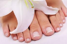 Schöne Füße gibt es in der Beauty-Lounge.