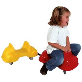 La « Roller car » est le jeu idéal pour s'amuser cet été aussi bien en intérieur qu'en extérieur. Déclinées dans divers ...